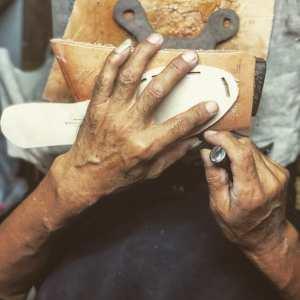 Cooperative Handmade Shoe Makers - Our Way Lifetime guarantee 2019-04-28 0