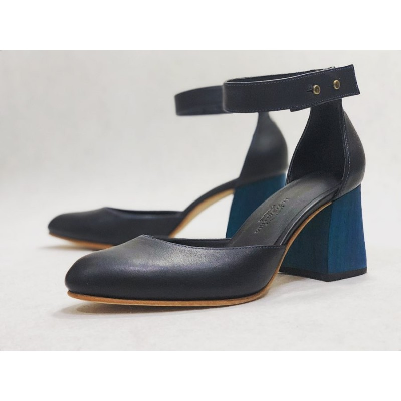 Catalina handmade leather shoes black napa details blue wooden heels blue 7 cm
