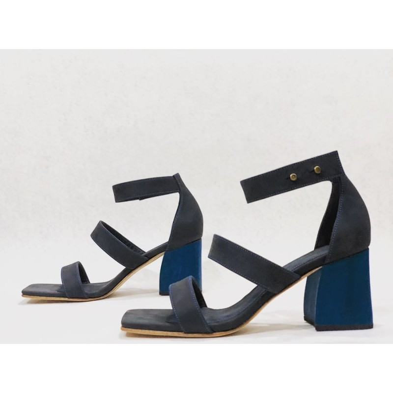 Cacica fatty black matte wooden heels blue 7 cm