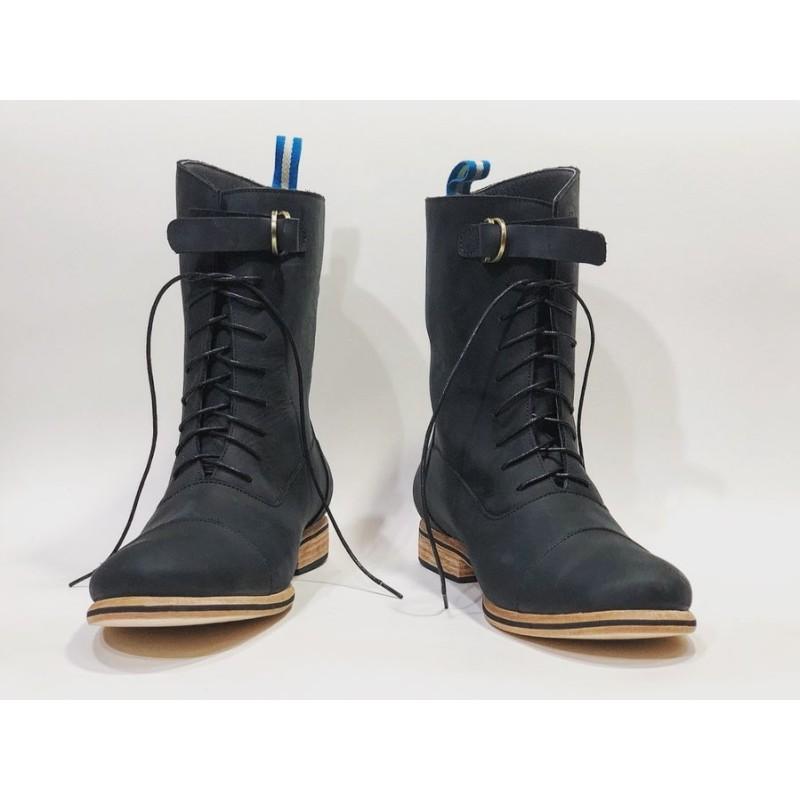 Juliana handmade leather boots fatty black matte details black