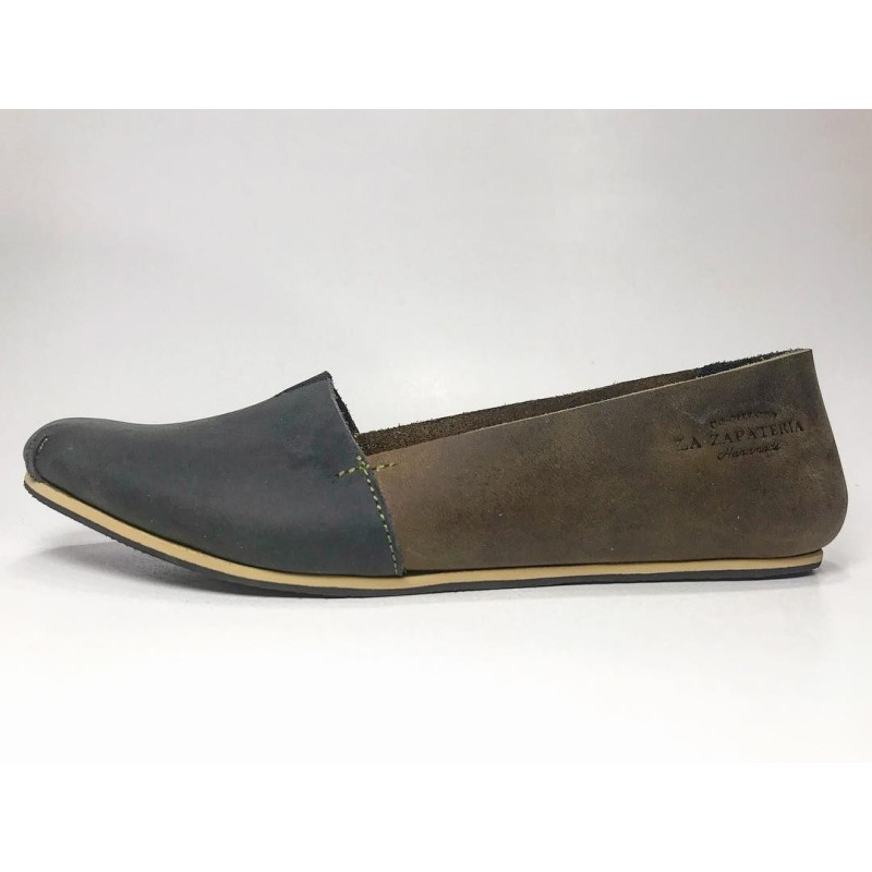 Pampa Fem handmade leather shoes fatty black fatty green inverted details beige