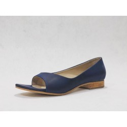 Florencia Kichay handmade leather shoes fatty blue details blue white