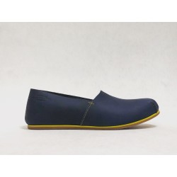 Pampa handmade leather shoes fatty blue details yellow