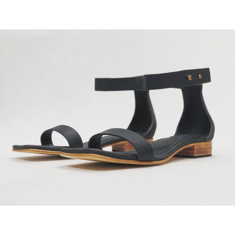 Maya handmade leather sandals fatty black matte