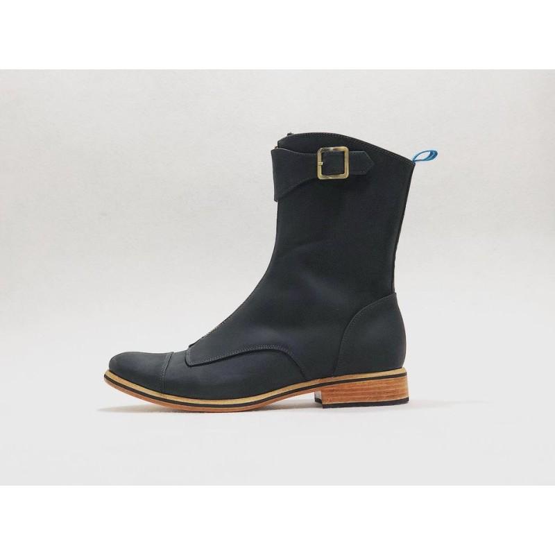 Quiroga handmade leather boots fatty black details black