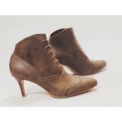 Madam Walker camel cerato heels 7 cm