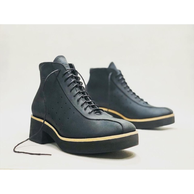 Patagonia handmade leather shoes fatty black matte details beige black