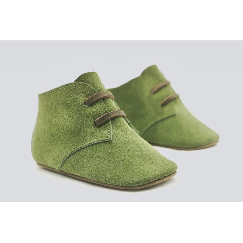 Chavito green handcrafted suede and greasy leather shoe