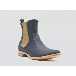 Hache greasy blue leather shoe lined with sheepskin and leather sole