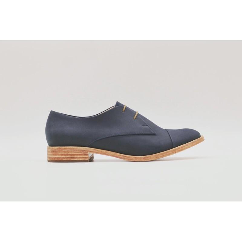 Pour Cecile Classique Ocean blue with frame handmade leather shoe